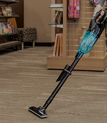 COMPACT VACUUMS