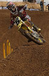 ROCKSTAR MAKITA SUZUKI FIGHTS THROUGH HANGTOWN