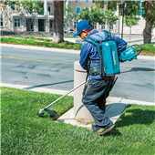 MAKITA INTRODUCES CONNECTOR SERIES WITH NEW STRING TRIMMER