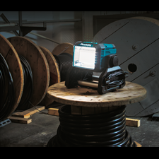MAKITA INTRODUCES NEW 18V LXT CORDLESS / CORDED WORK LIGHT