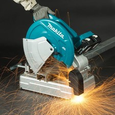 MAKITA LAUNCHES WORLD'S FIRST CORDLESS CUT-OFF SAW